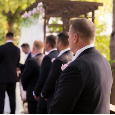 Classy summer wedding at Pettibone Resort in La Crosse, WI