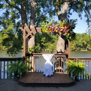 Ceremony Locations right on the Beautiful Mississippi, seconds from downtown La Crosse without the hassle of driving downtown.